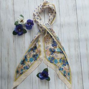 Echo vintage floral scarf